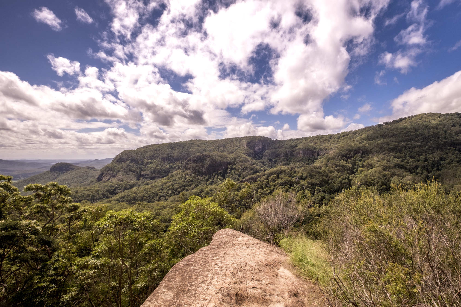 Picnic Rock, Yangahla, Binna Burra, Gold Coast,